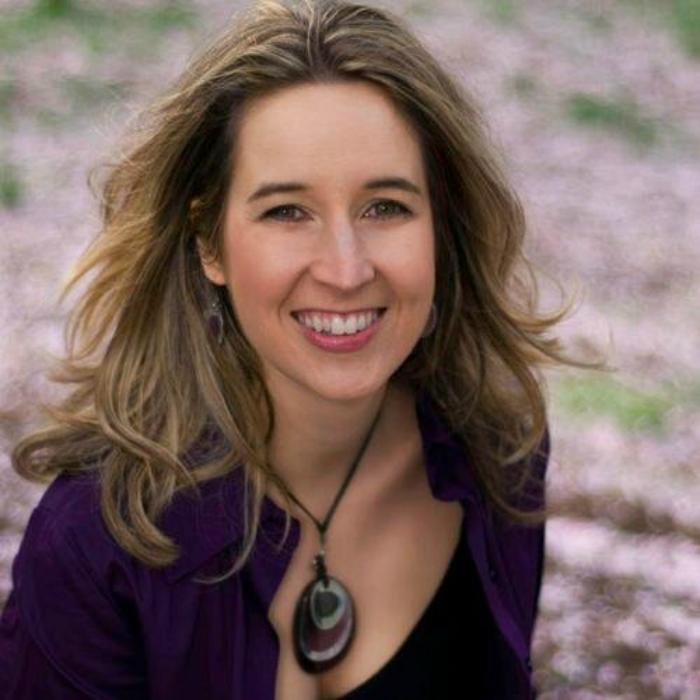 Outlander Cast Chats w/Making Of Outlander author: Tara D. Bennett – Episode 73