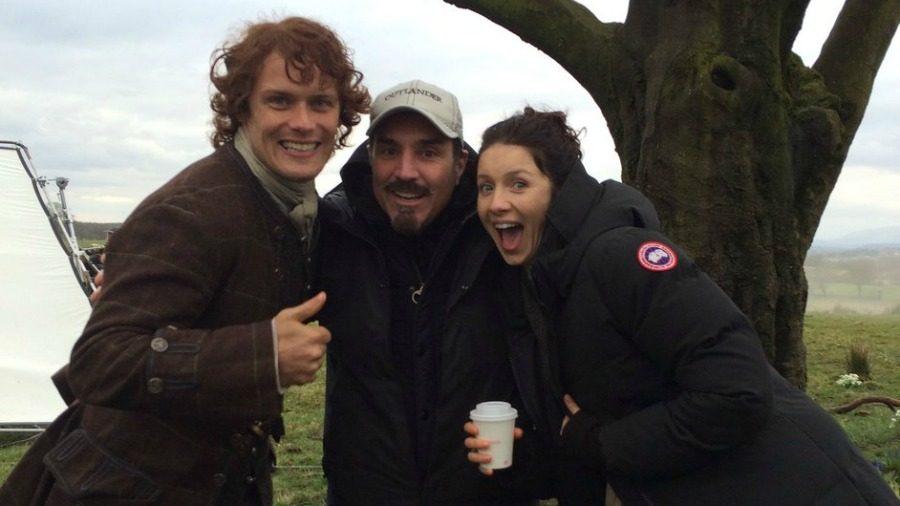 Matt B Roberts Sam Heughan Caitrion Balfe Outlander Cast, Ron D. Moore