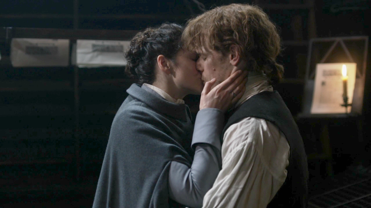 kissing in outlander: when a kiss is so much more than just a kiss