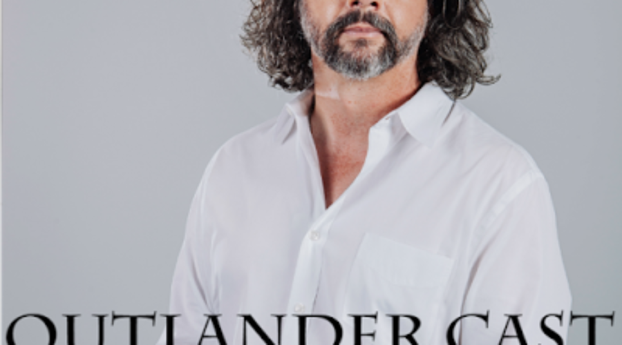 Outlander Cast Chats w/Outlander Showrunner Ronald D. Moore – Episode 32