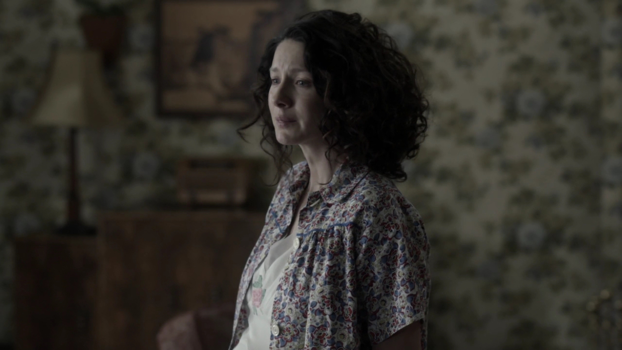 outlander emotional pregnant claire, outlander fan survival guide