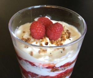 Cranachan, making Cranachan, trifle, whisky, scotch, oatmeal, oats, 20th century baking, Mrs. Graham