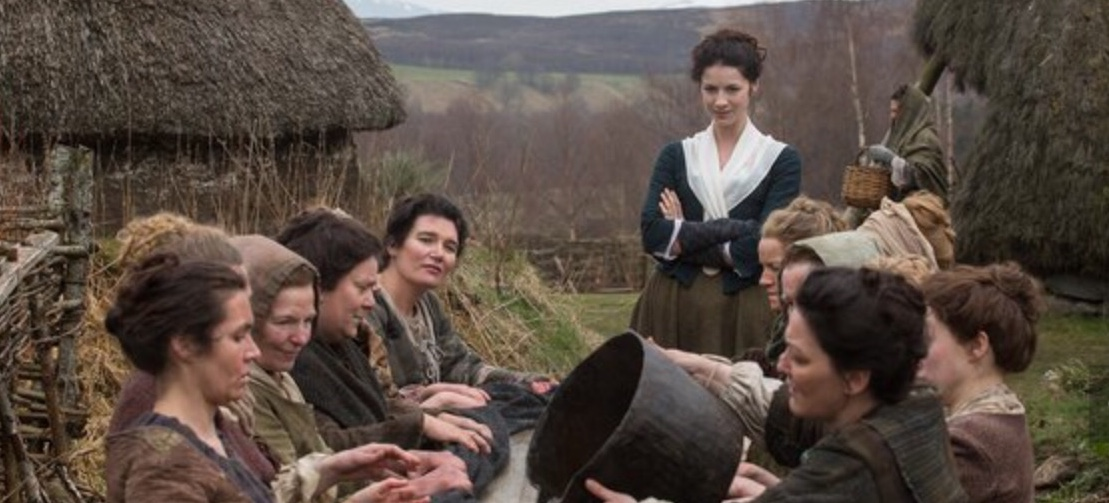 "Seeing Outlander: ""We're Waulking Wool"" at the Highland Folk Museum"