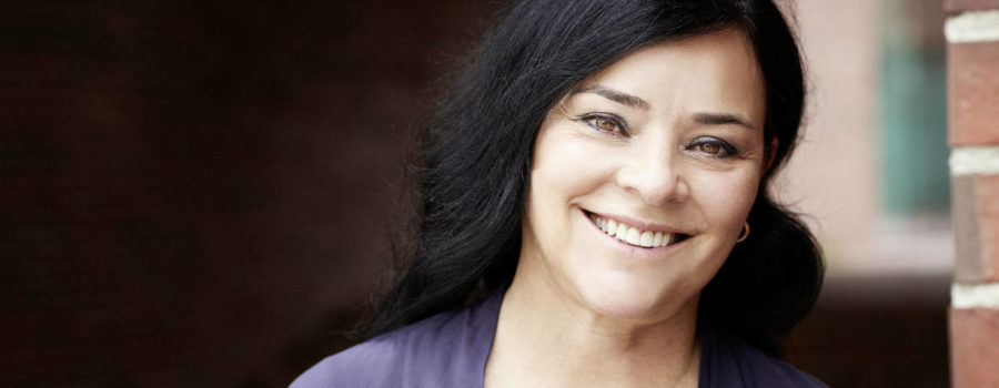 Get To Know Them: 10 Personal Questions with Outlander Author Diana Gabaldon