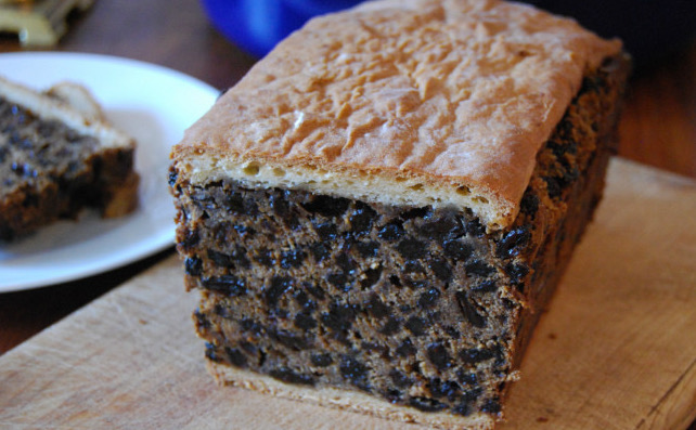 Black Bun, fruitcake, quick bread, cake, 18th century baking, Lallybroch, Hogmanay