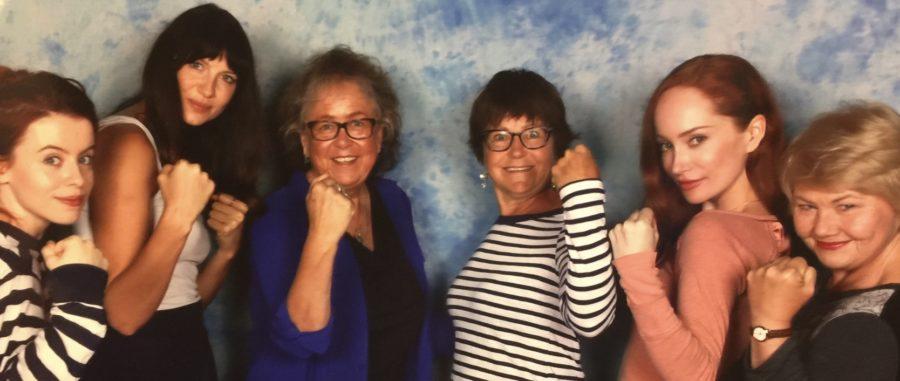outlander season 4 behind-the-scenes photos, caitriona balfe, outlander fans, starfury convention