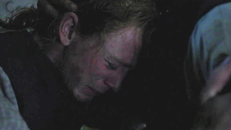 young ian crying with Jamie, outlander season 4 life lessons