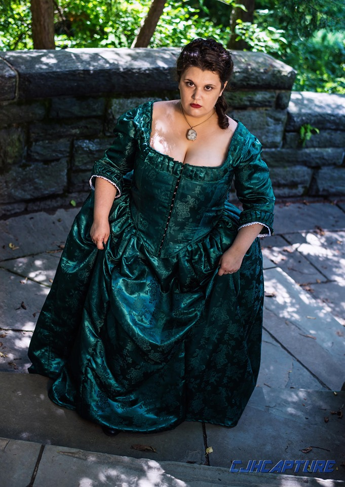 outlander cosplaying, La Dame Blanche cosplay