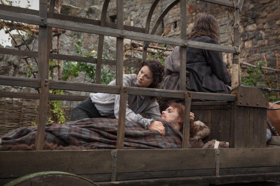Claire saving Jamie Outlander season 1