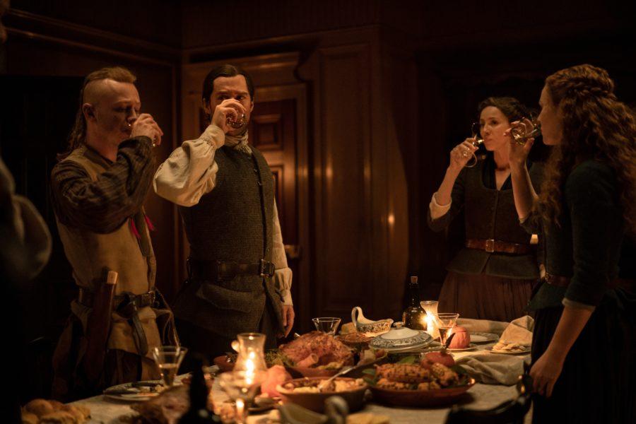 outlander cast toasting in outlander seaon 5, in diana gabaldon we trust