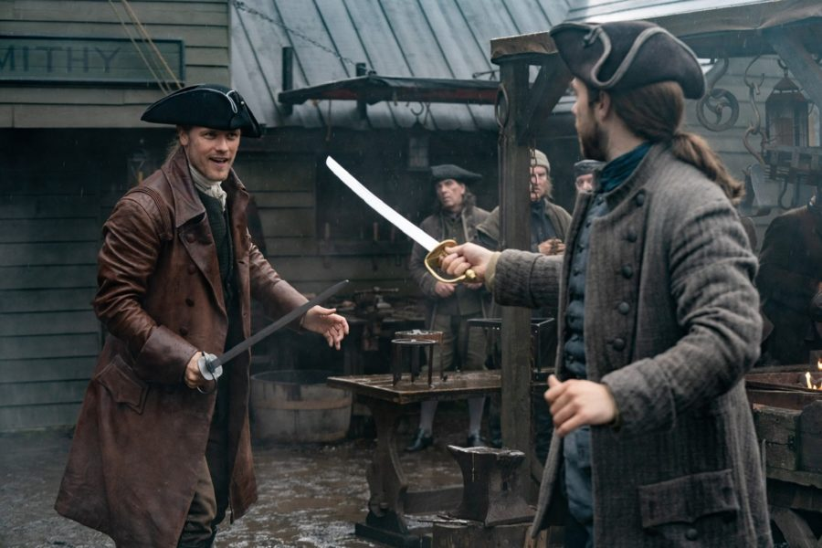 jamie and roger practice sword fighting, outlander