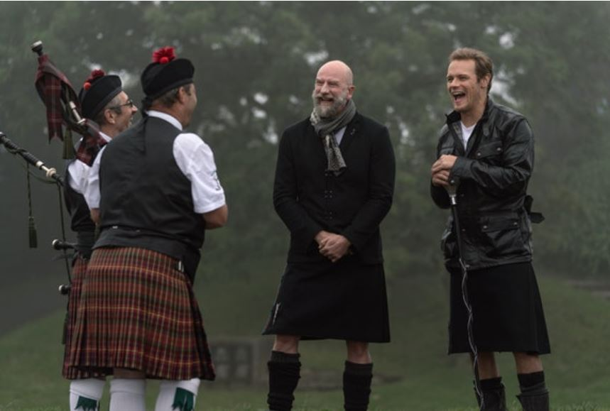 bagpipers in men in kilts