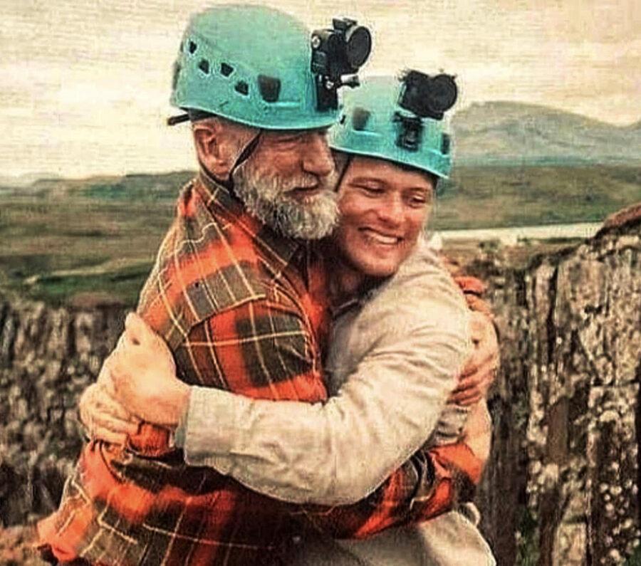 sam heughan and graham mctavish in men in kilts